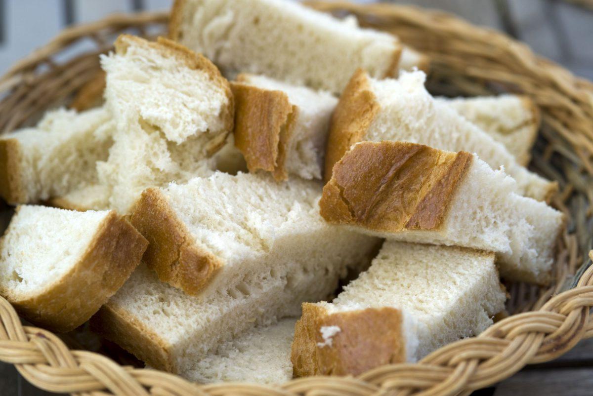 Veste proastă pentru români! Se scumpeşte pâinea