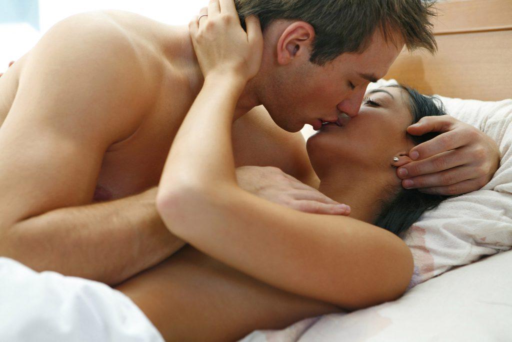Este bine să faci sex fără să îți dorești? Ce spun cercetătorii