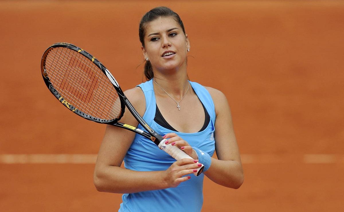 Sorana Cârstea s-a calificat în turul al doilea al turneului de Grand Slam Australian Open, după o victorie cu Irina Kromașeva din Rusia.