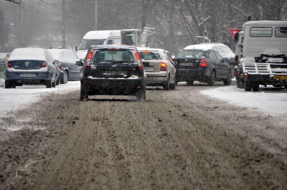 Traficul este blocat în București, între Nicolae Grigorescu și 1 decembrie, după un accident ușor