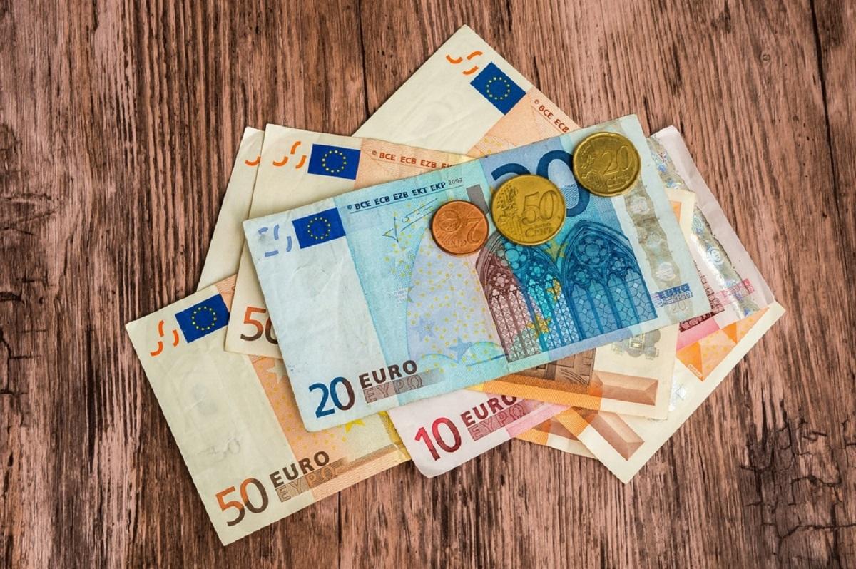 Curs valutar 2 februarie 2017. Banca Națională a Romîniei anunțat cotațiile valabile în ziua de miercuri pentru euro, dolar, franc elvețian.