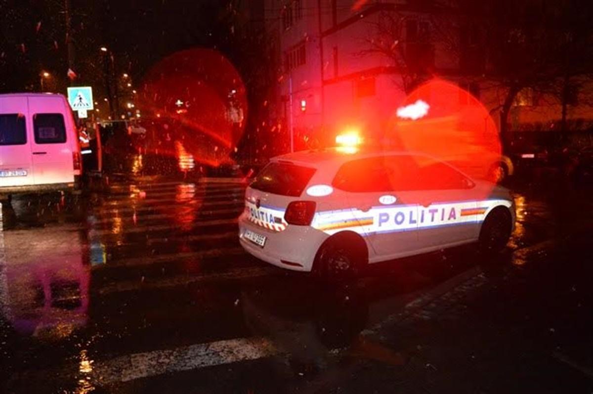 Accident în Borca, județul Neamț. Autoritățile au activat planul roșu de intervenție, după ce două microbuze s-au ciocnit.