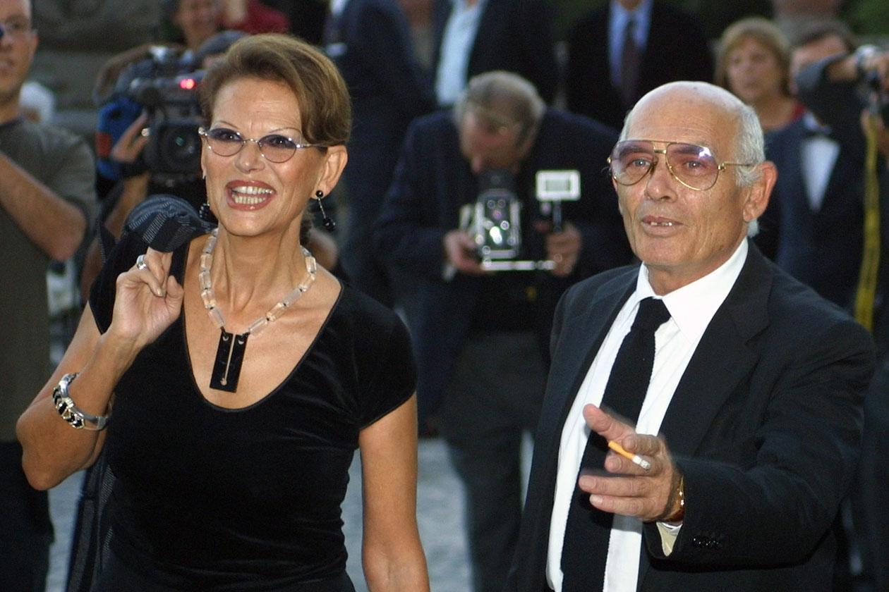 Pasquale Squitieri, fostul soț al actriței Claudia Cardinale, s-a stins din viață la vârsta de 78 de ani. El a suferit un emfizem pulmonar.