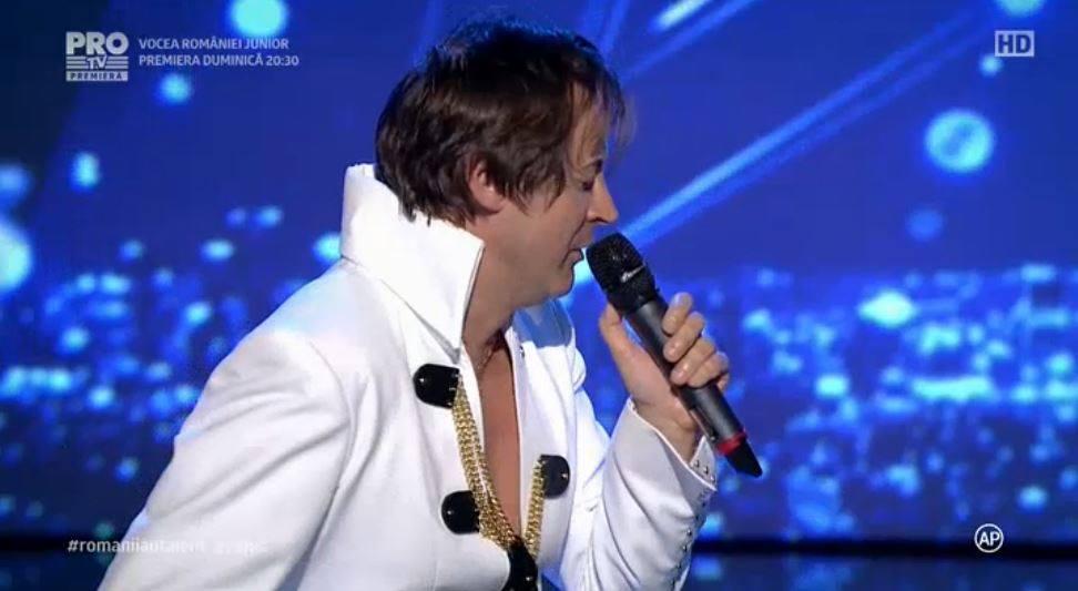 Antoniu Petrescu, supranumit Don Elvis, este preotul catolic care a făcut senzație la Românii au talent cu o piesă a celebrului artist.