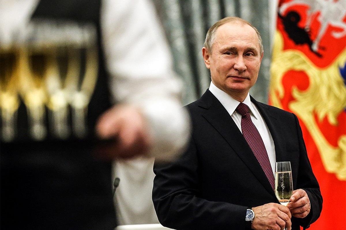 Vladimir Putin a ordonat o serie de controale la forțele aerospațiale ruse, în scopul de a evalua pregătirea acestora pentru luptă.