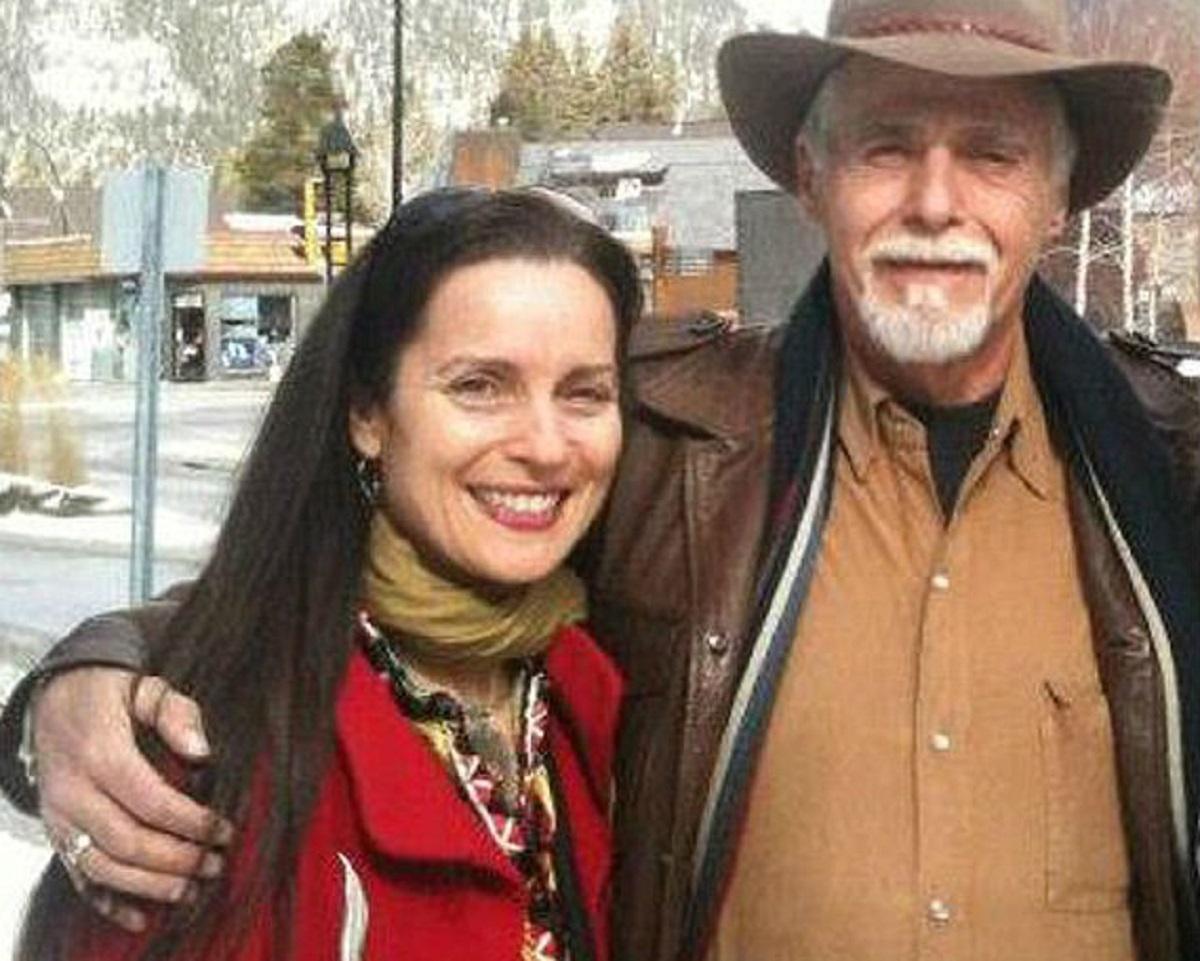O femeie a găsit puterea să-l ierte pe criminalul care i-a ucis tatăl. Ea spune că a avut acest curaj, pentru că vrea să...