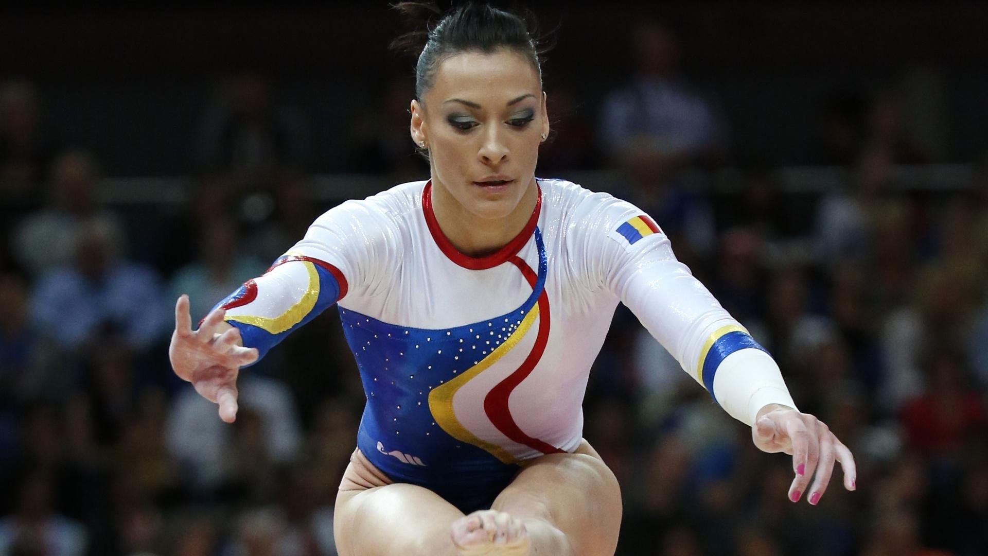 AUR pentru România! Cătălina Ponor a câștigat medalia la bârnă și sol în Baku