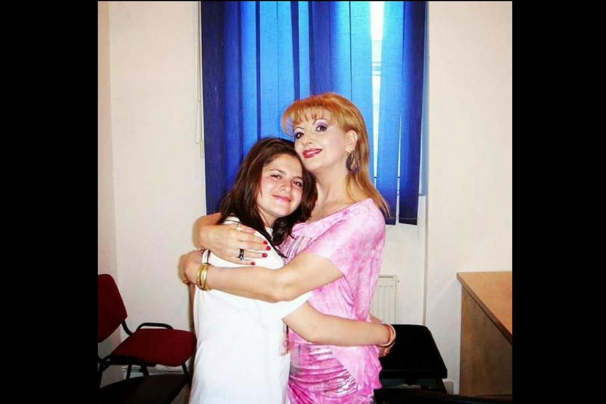 Fata de suflet a Ilenei Ciuculete, Codruța, a postat un mesaj emoționant în memoria îndrăgitei cântărețe de muzică populară.