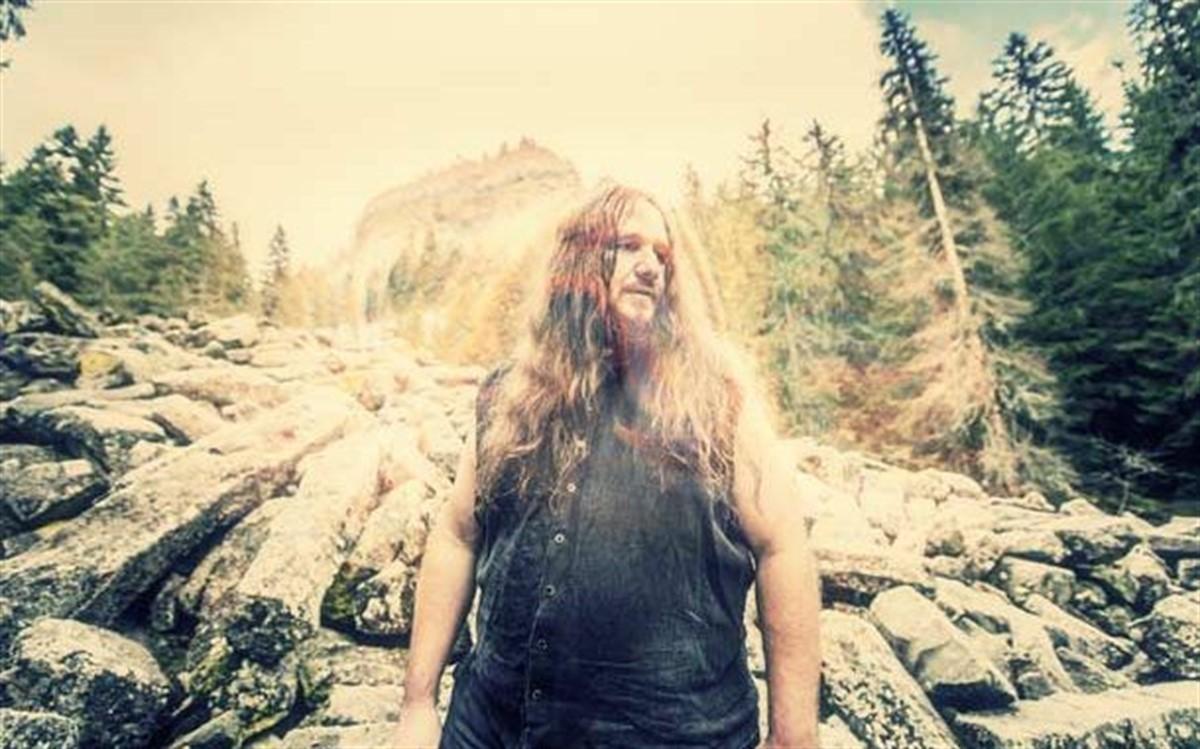 """Gabriel Mafa """"Negru"""", fondatorul și bateristul trupei de black metal Negura Bunget, a murit la vârsta de 42 de ani."""