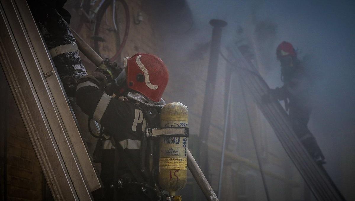 Încendiu puternic la un centru de fitness din Braşov