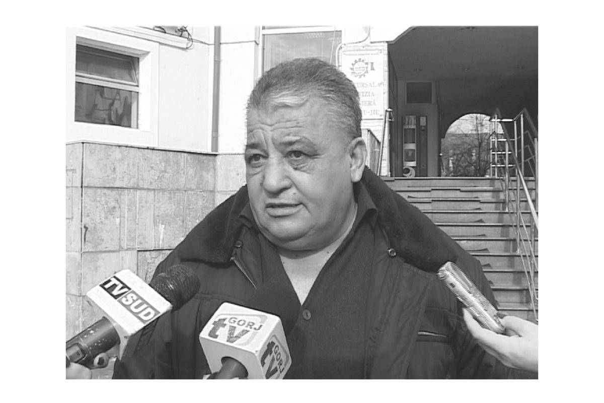 Ion Pisc Scrădeanu, vicepreședintele Blocului Național Sindical, a fost găsit spânzurat în propria locuință din București.