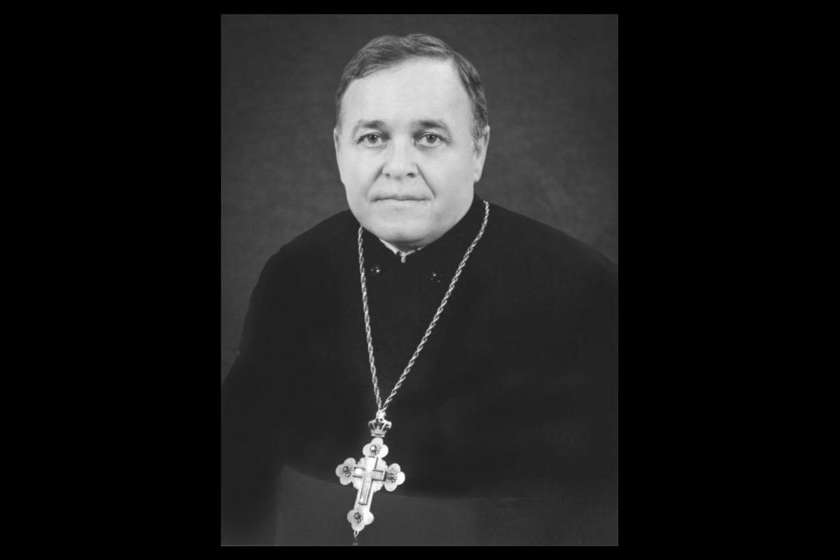 Preotul Teodor Baba a murit în plină stradă, la Arad, după ce ar fi suferit un infarct. Duhovnicul avea 67 de ani.