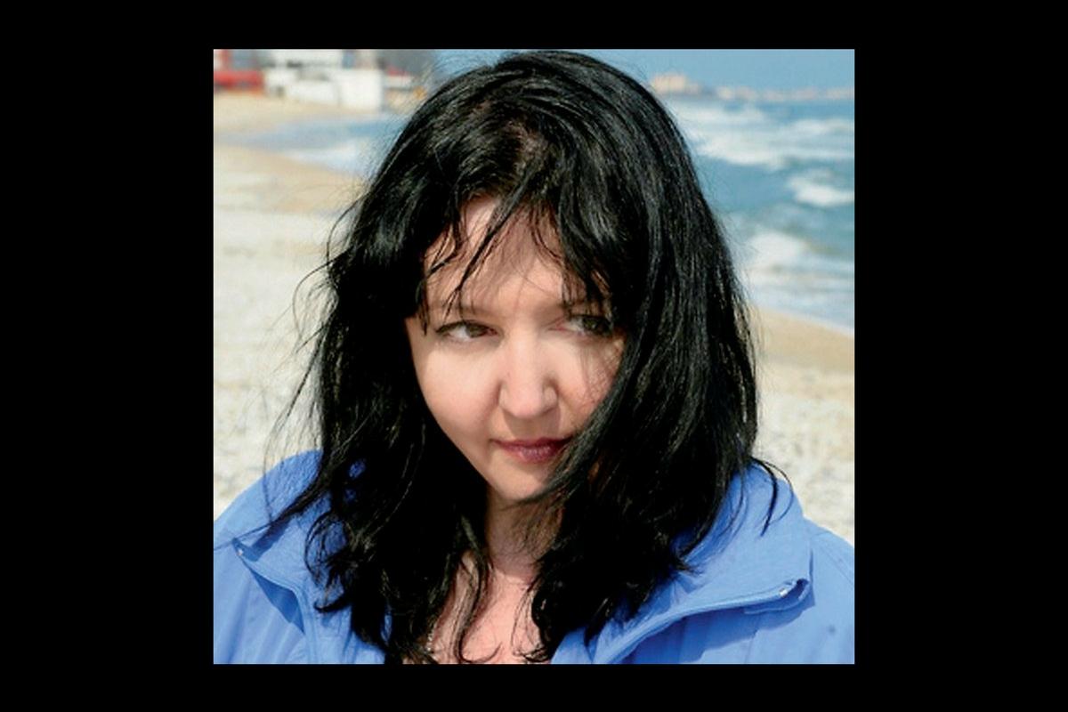 Jurnalista Simona Catrina-Roman a murit la vârsta de 49 de ani. Ea suferea de o boală incurabilă cu care fusese diagnosticată anul trecut.
