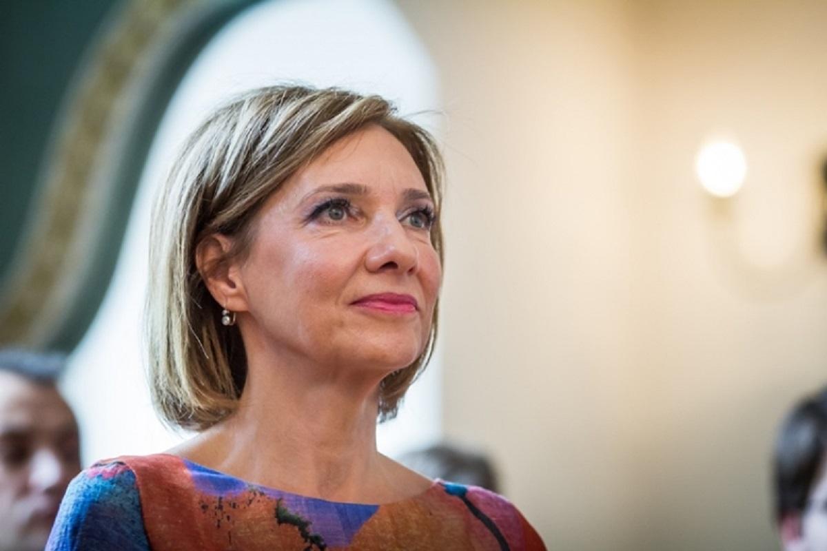 Carmen Iohannis a participat la slujba de Florii din Sibiu fără soțul ei, președintele României