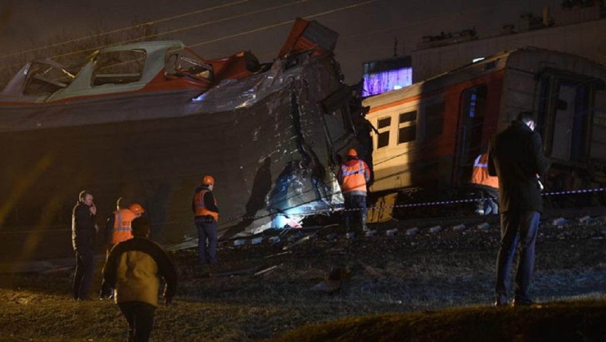 Două trenuri s-au ciocnit în Rusia. 50 de persoane au fost rănite