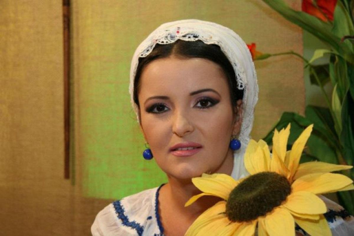 Silvana Rîciu este în doliu. Tatăl artistei a murit, după o perioadă pe care a petrecut-o pe patul de spital.