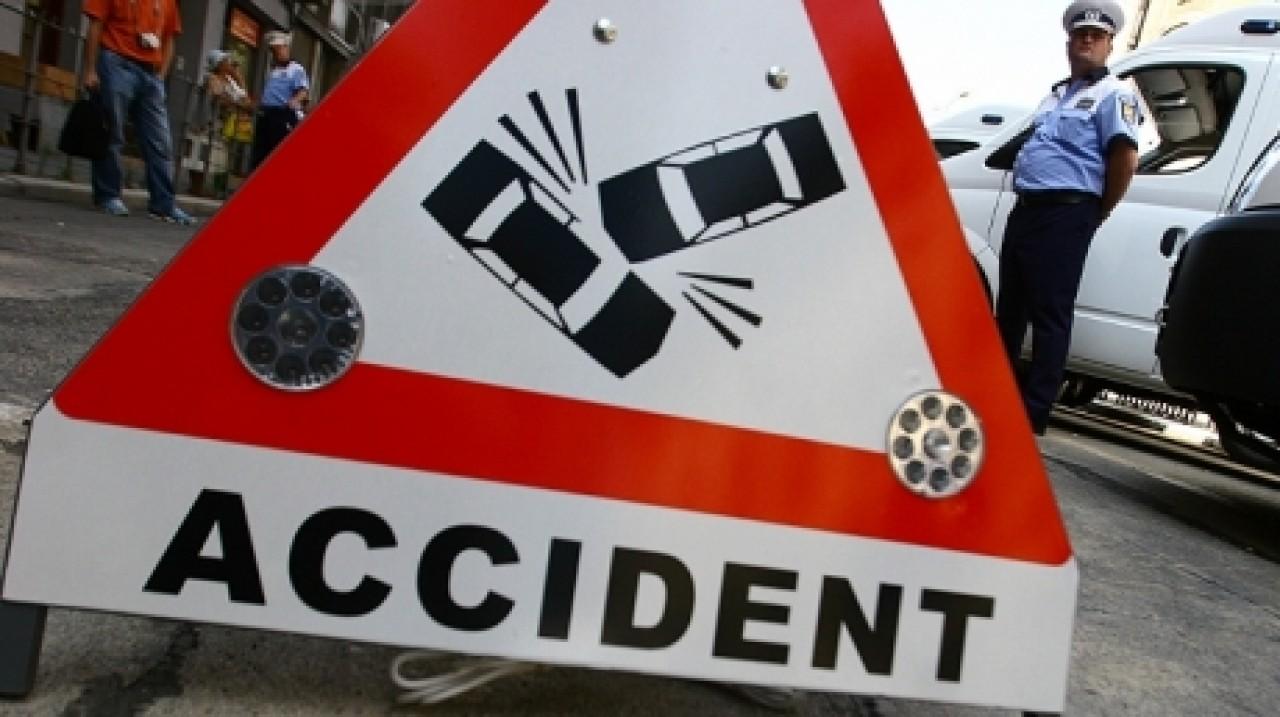 Accident grav în zona Palatul Copiilor din Capitală, vineri. Incidentul rutier s-a petrecut aproape de Parcul Tineretului.