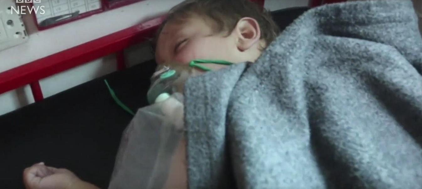 Un atac chimic în Siria, soldat cu moartea a zeci de oameni, a ajuns în atenția lumii. Imagini cu copiii uciși au devenit virale pe Internet.