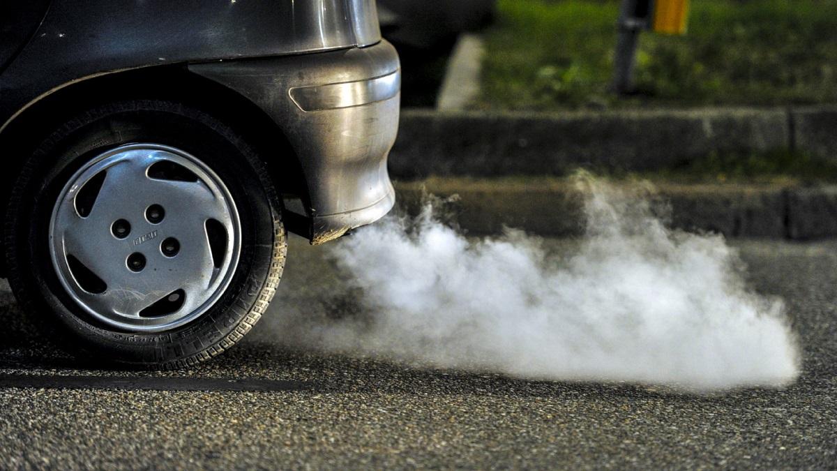 O nouă taxă auto de mediu, ecovinieta, ar putea fi introdusă din toamna acestui an, transmit reprezentanții ministerului Mediului.