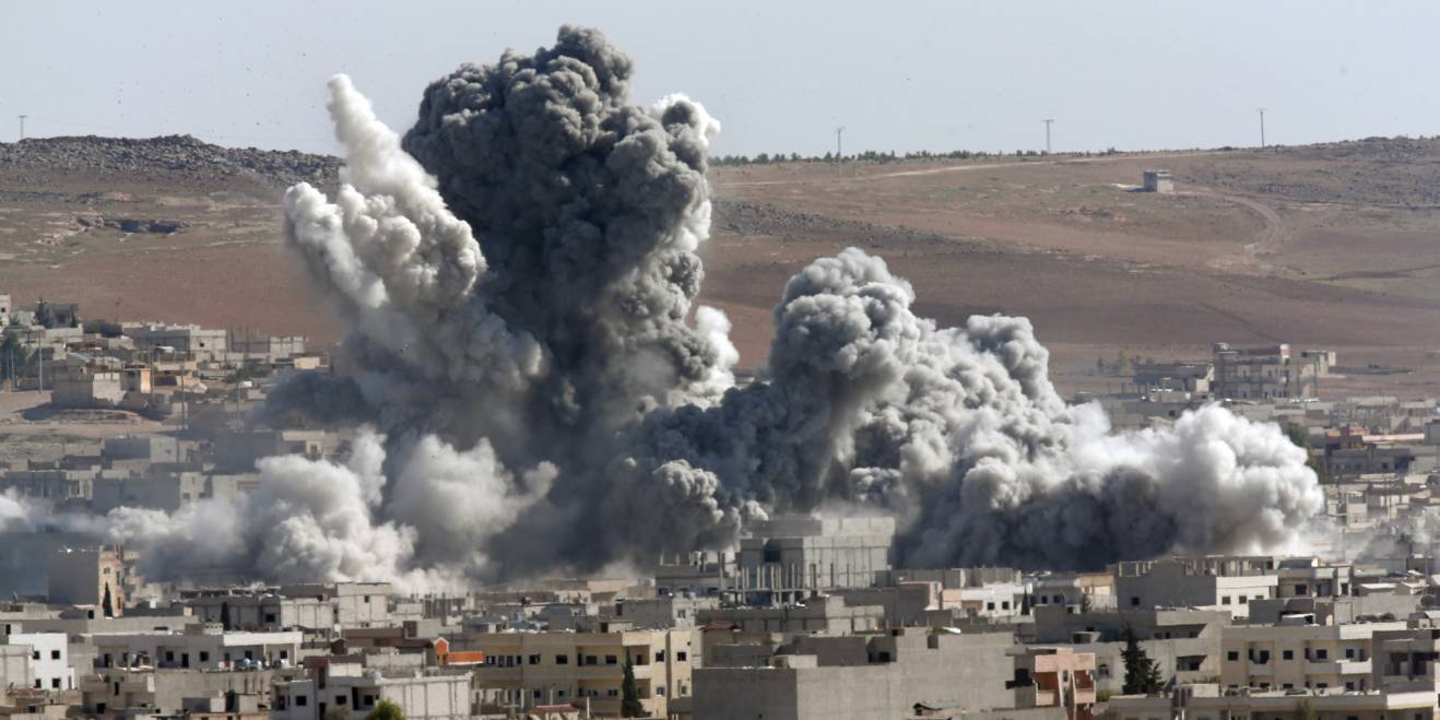 SUA au atacat Siria. Donald Trump a dat ordinul de bombardare a unei baze militare siriene, ca o reacție la presupusul atac chimic al forțelor guvernamentale.