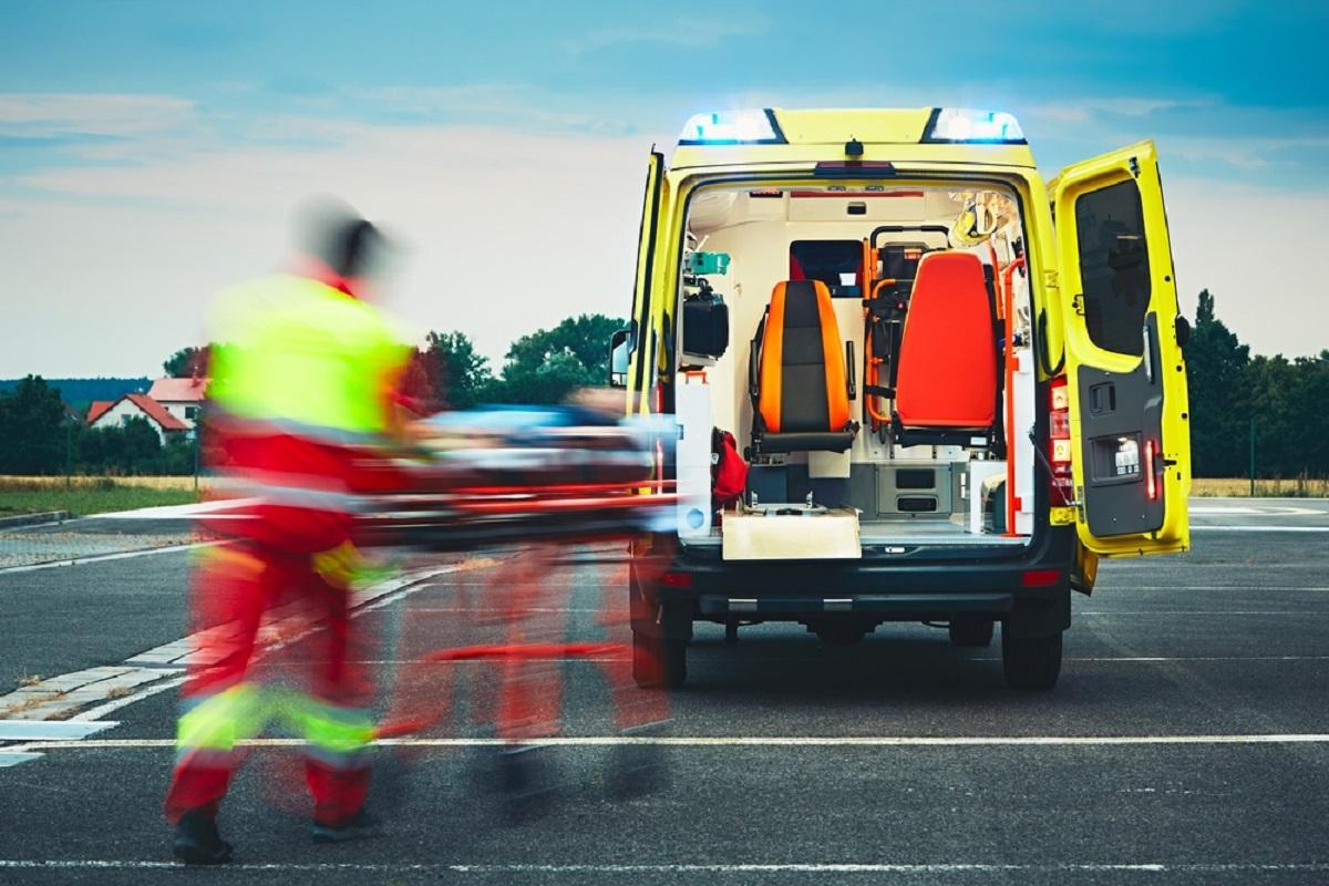 Un polițist beat este responsabil pentru producerea unui accident în Sibiu. Patru persoane au fost rănite.