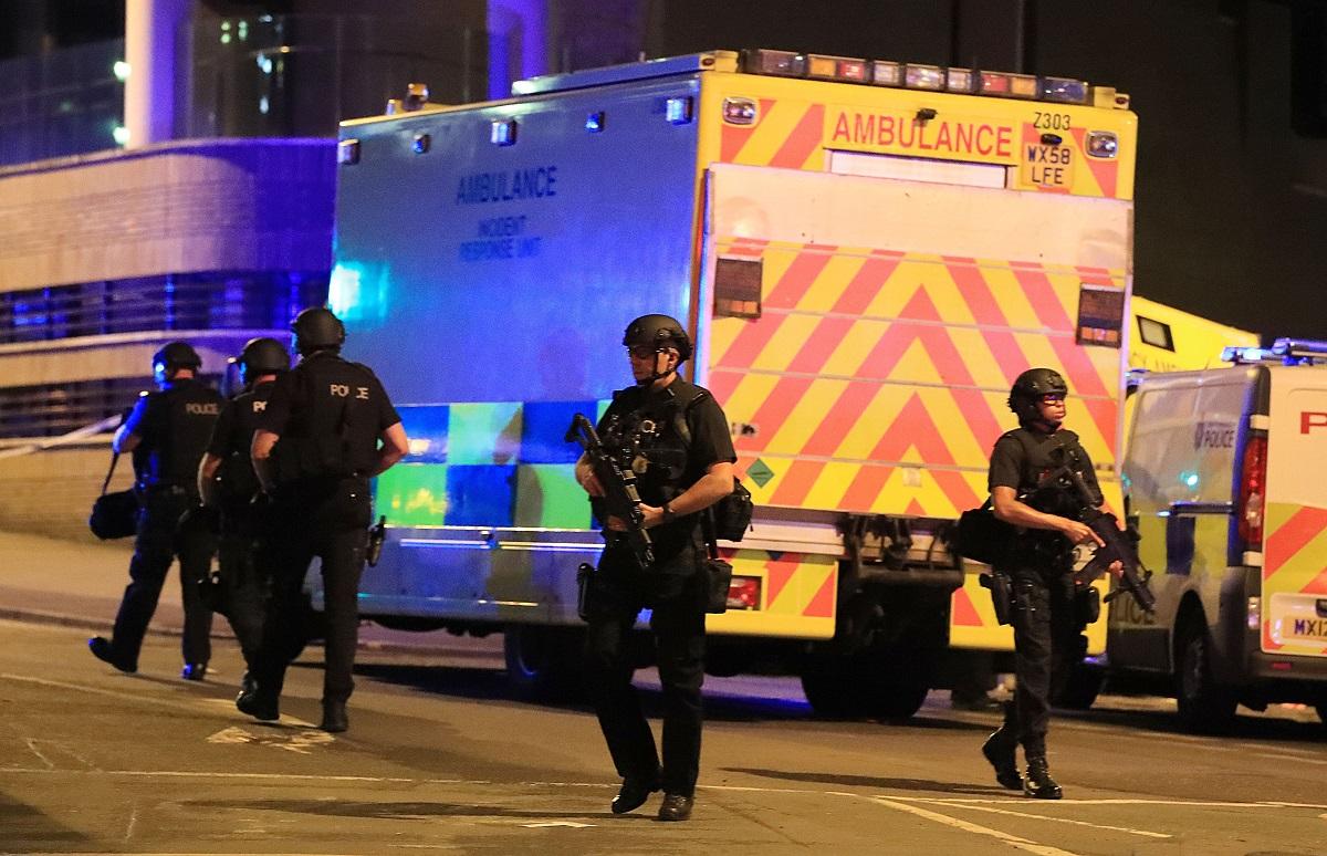 Atentat terorist în Manchester. Mișcări de trupe la București