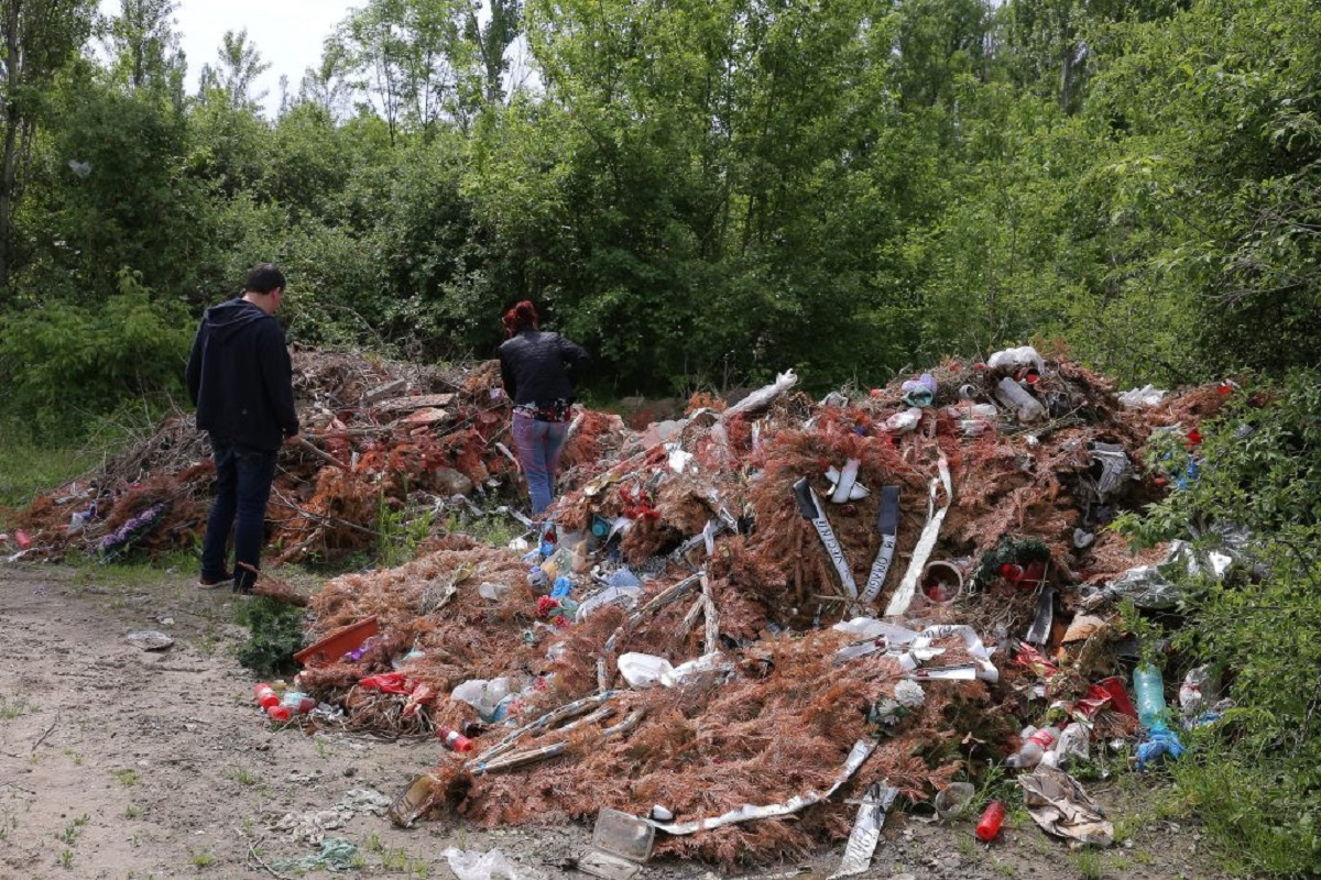 Cadavre umane descoperite la o groapă de gunoi din Craiova. S-a demarat o anchetă internă pentru a se stabili cum au ajuns osemintele acolo.