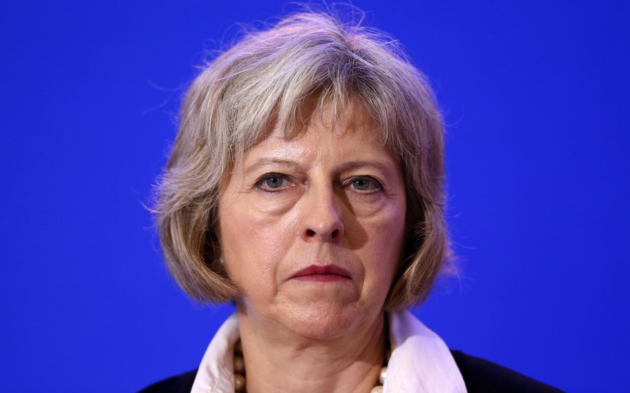 Theresa May: Poliţia tratează incidentul de la Manchester Arena ca pe un îngrozitor atac terorist
