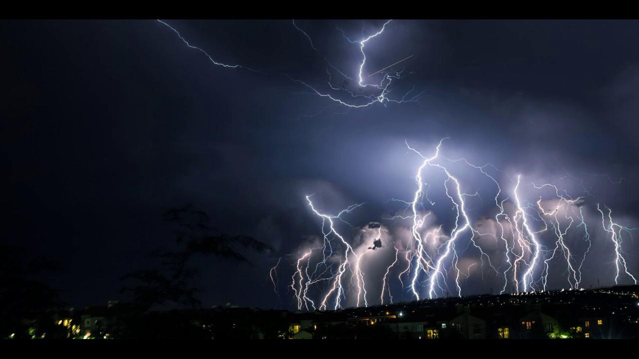 """Știi cum arată un fulger, dar iată cum arată un tunet! Cercetătorii au reușit să """"fotografieze"""" fenomenul"""