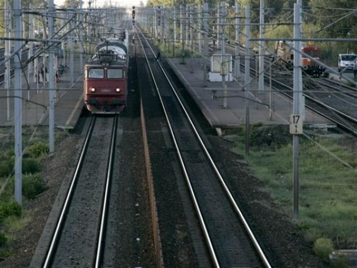 Pericol pe calea ferată! Imaginile au fost surprinse în urmă cu scurt timp!