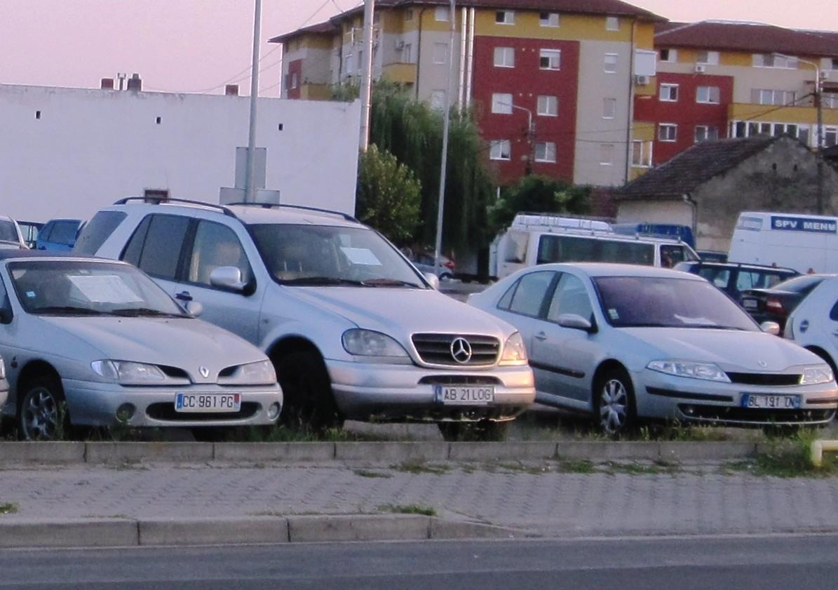 Modificare la CODUL RUTIER! Ce pățesc cei care își cumpără mașini la mâna a doua
