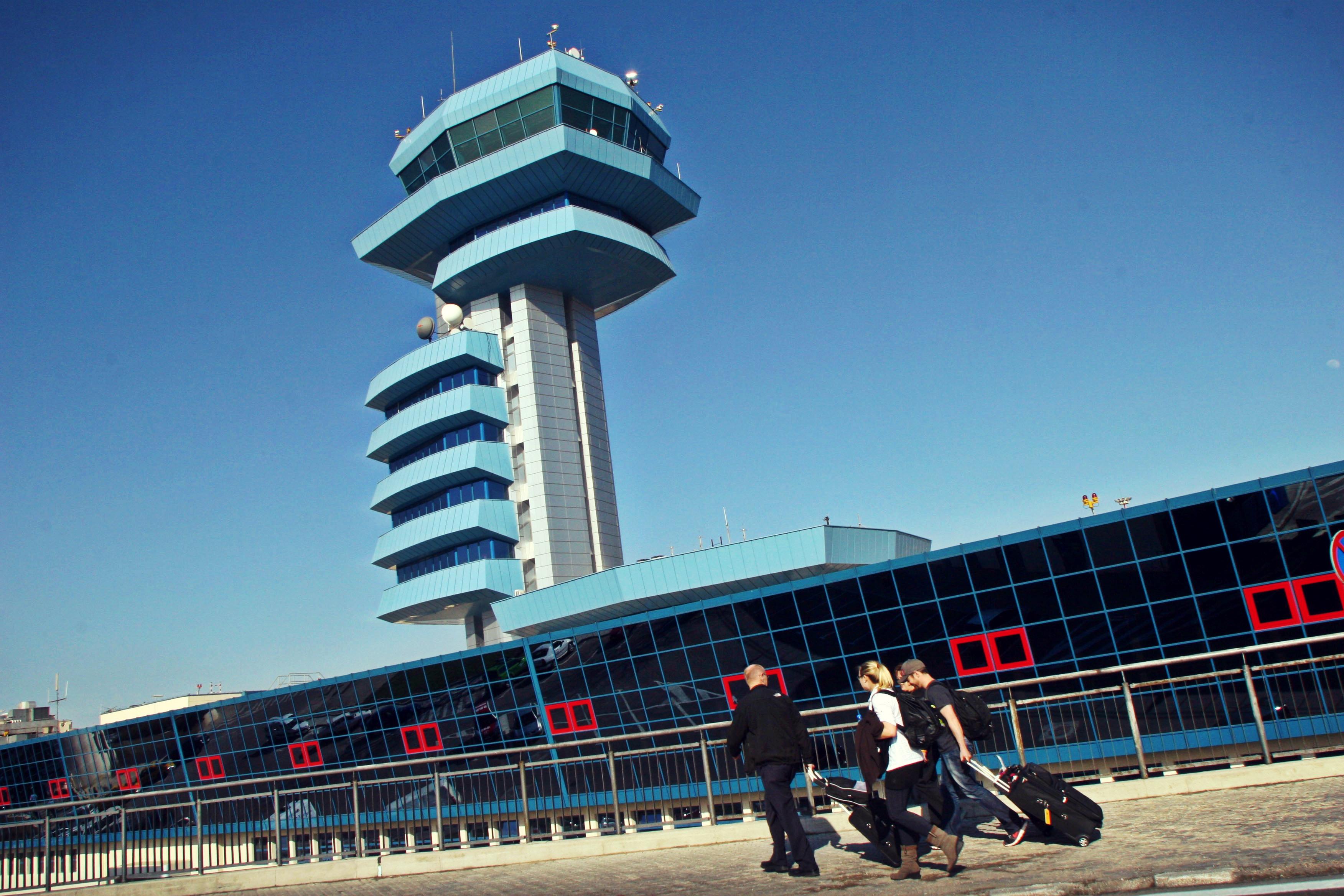 CNAB anunță diminuarea timpului de așteptare la controlul frontierei pe Aeroportul Henri Coandă