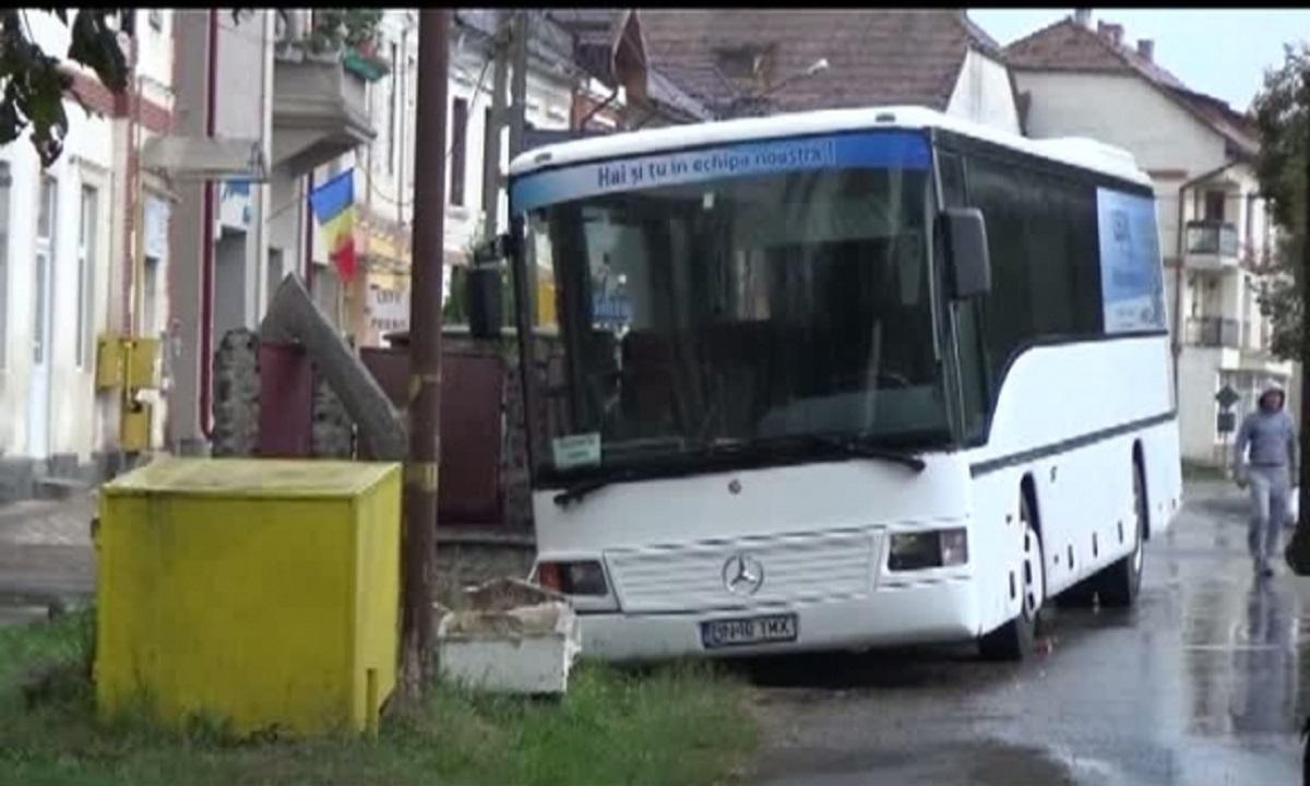 TEROARE pentru 40 de pasageri ai unui autobuz din Bistriţa