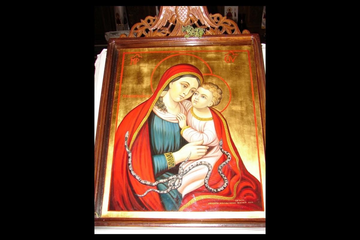 Serpii Maicii Domnului. Evenimentul misterios care se intampla in aceasta biserica de Sfanta Maria Mare!