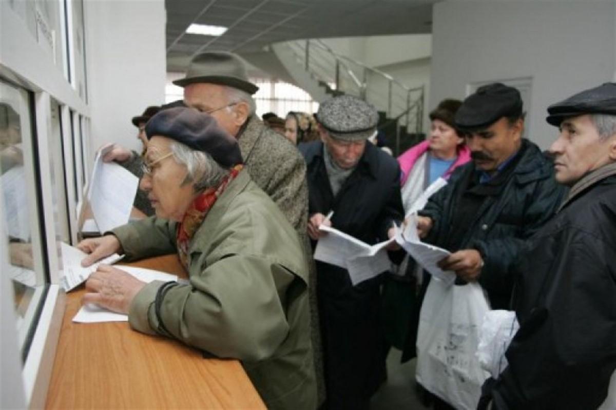 Crește vârsta de pensioare! La câți ani vor ieși la pensie femeile și bărbații din România!