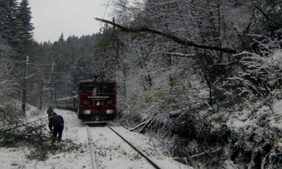 Circulație feroviară închisă între Brașov și Predeal