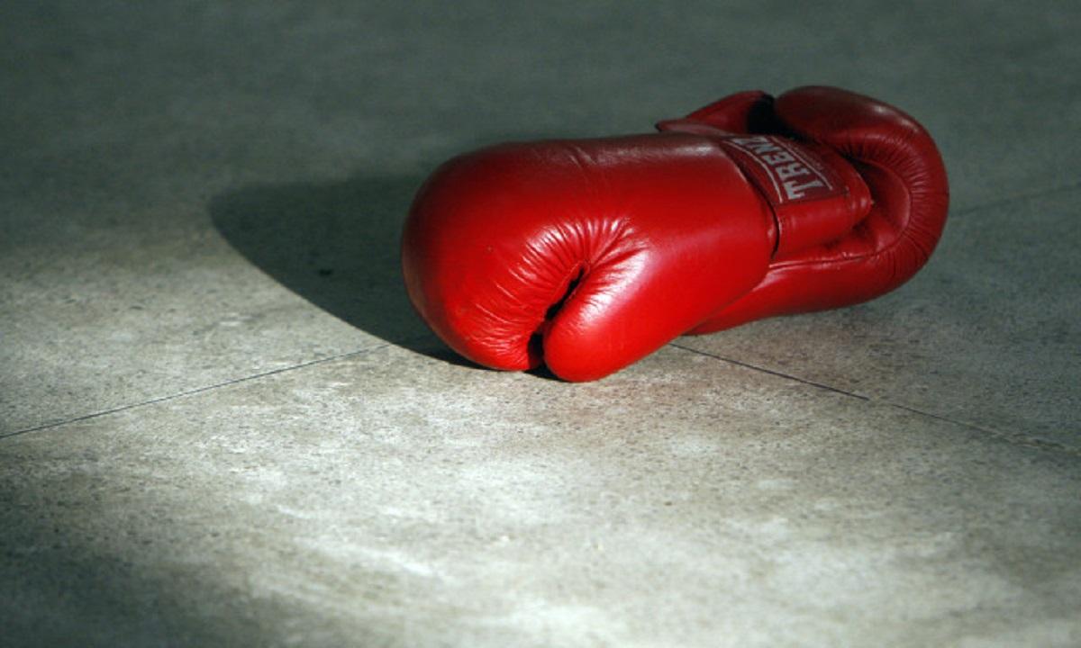 Doliu în lumea sportului! Un boxeur a murit în locuinţa sa din Capitală