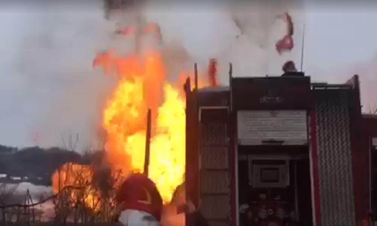 O conductă de gaze a explodat în Gorj. 5 oameni au fost răniţi VIDEO