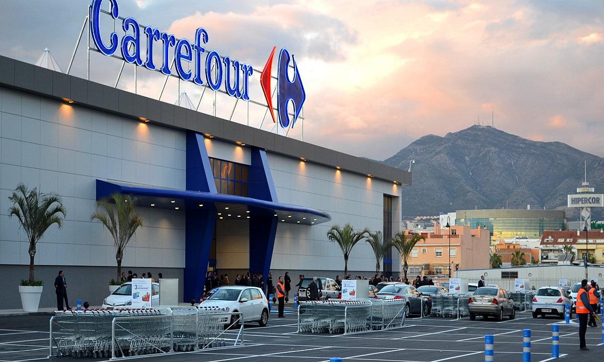 Carrefour renunță la peste 2000 de angajați și face investiții de 3.4 miliarde euro