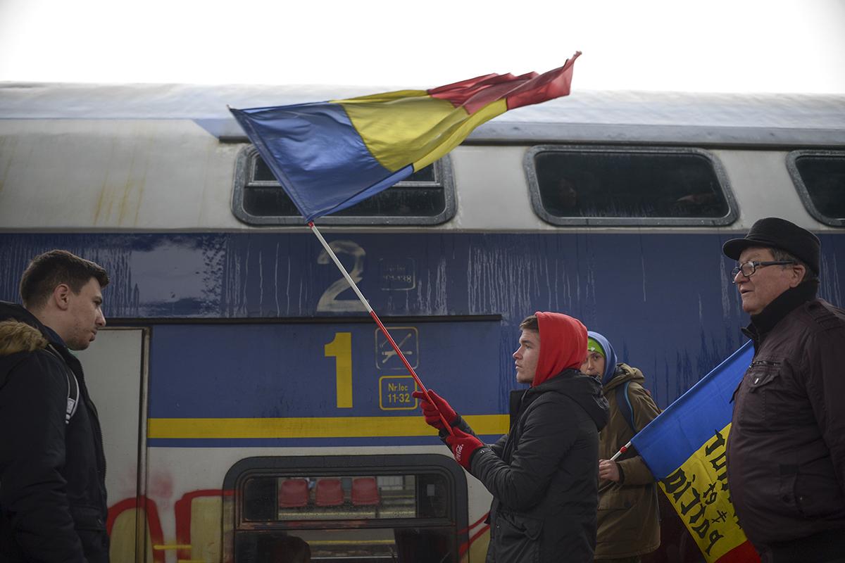 Proteste ianuarie 2018: Protestatari din Sibiu, Timișoara sau Suceava au venit cu trenul la București