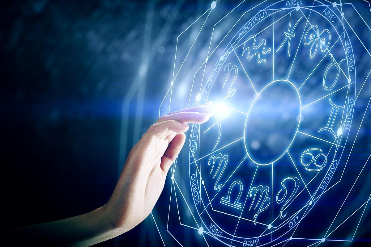 Horoscop 2 aprilie 2018 - A doua zi din aprilie le schimbă viața acestor zodii