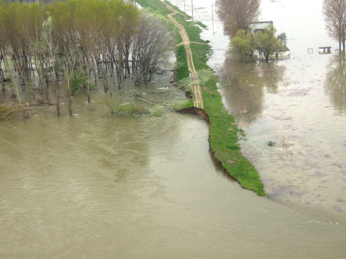 Cod portocaliu de inundații, până pe 31 martie! Când începe prăpădul