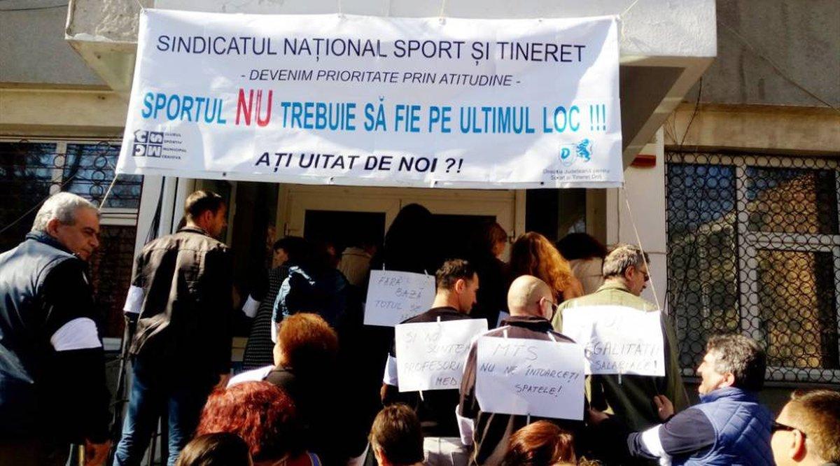 Sindicatul Național Sport și Tineret, în grevă. Ce nemulțumiri au angajații