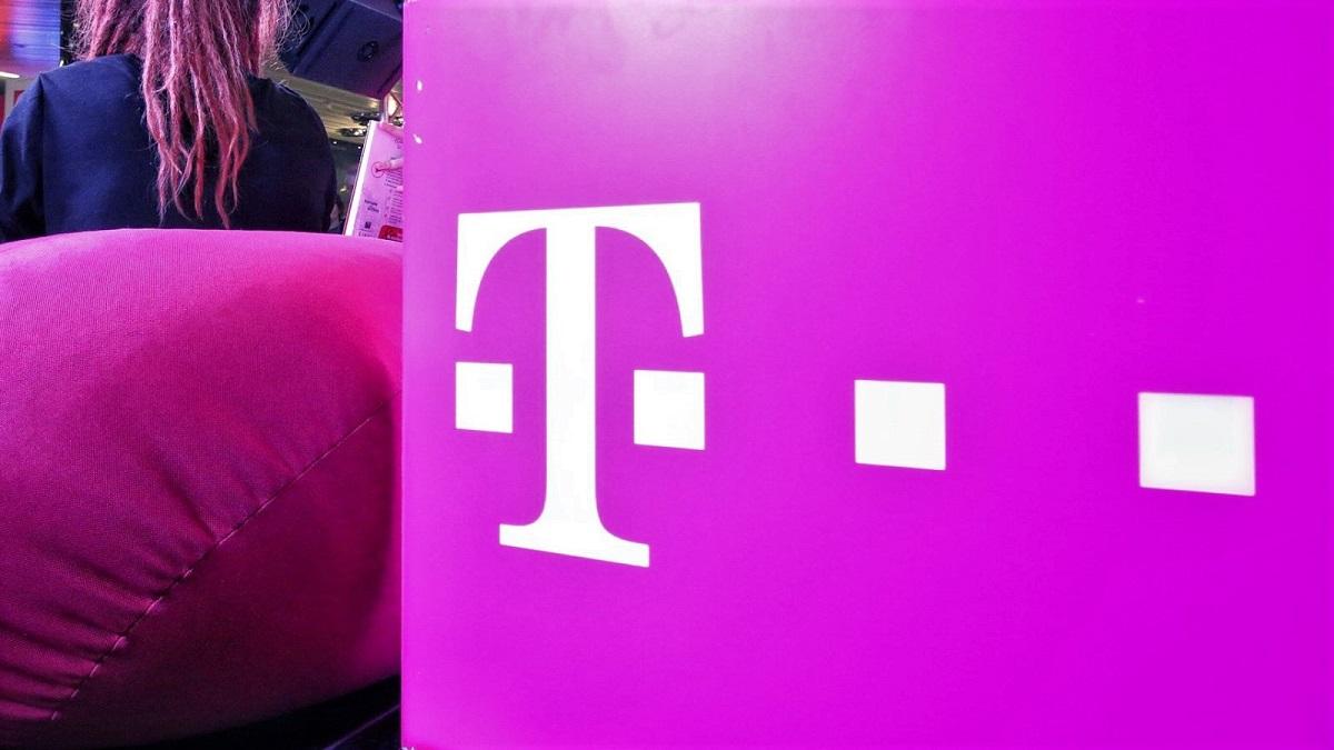 Telekom modifică tarifele pentru apeluri începând cu data de 15 mai