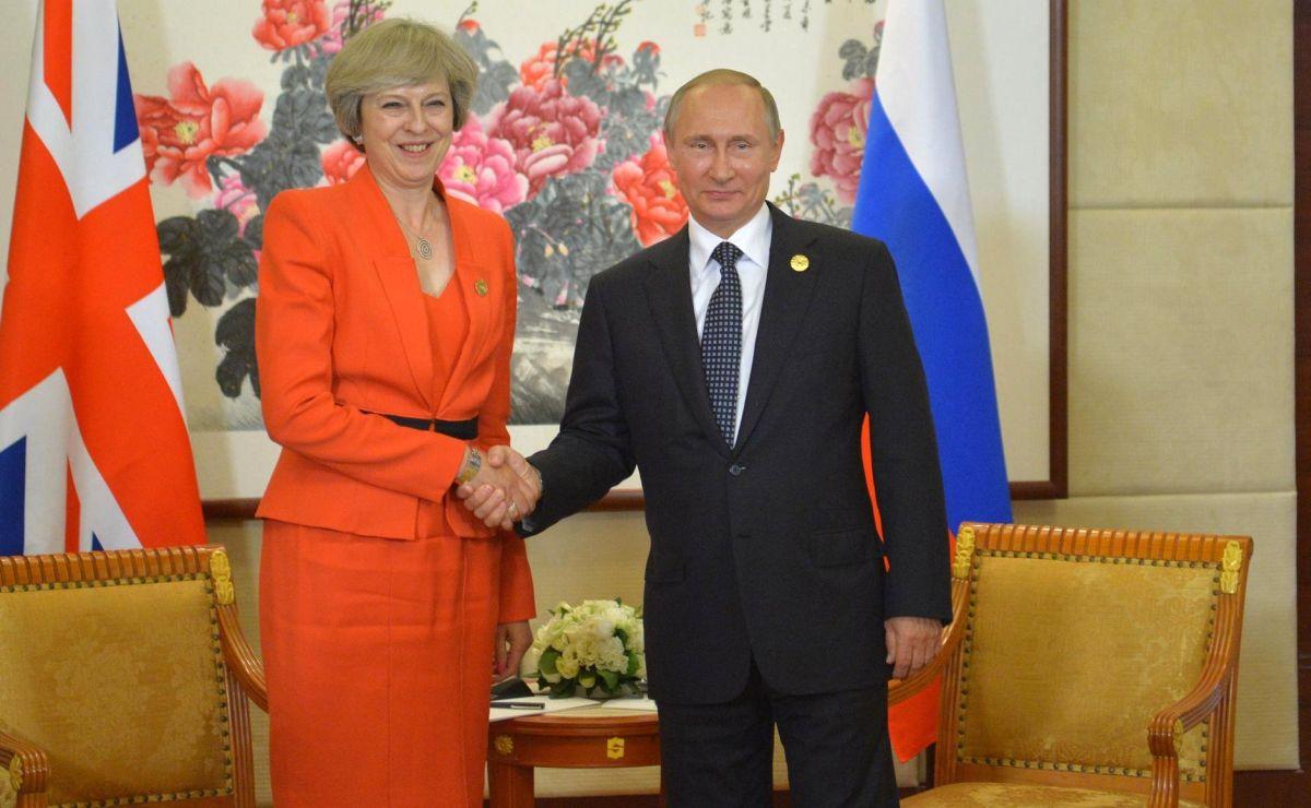 Theresa May a anunțat expulzarea unor diplomați ruși și suspendarea relațiilor cu Rusia