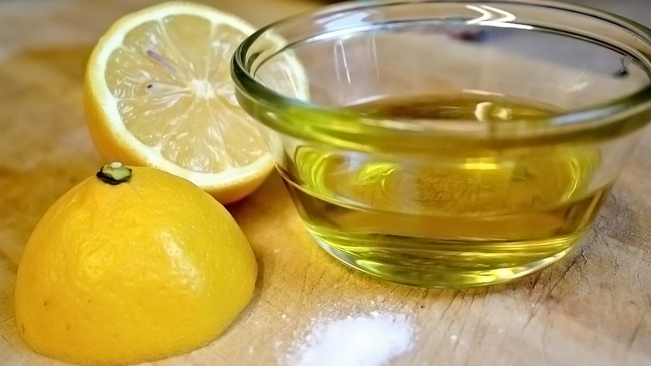 Folosind un amestec pe bază de ulei de măsline și suc de lămâie îți poți detoxifia ficatul și poți fi mai sănătos în doar o lună.