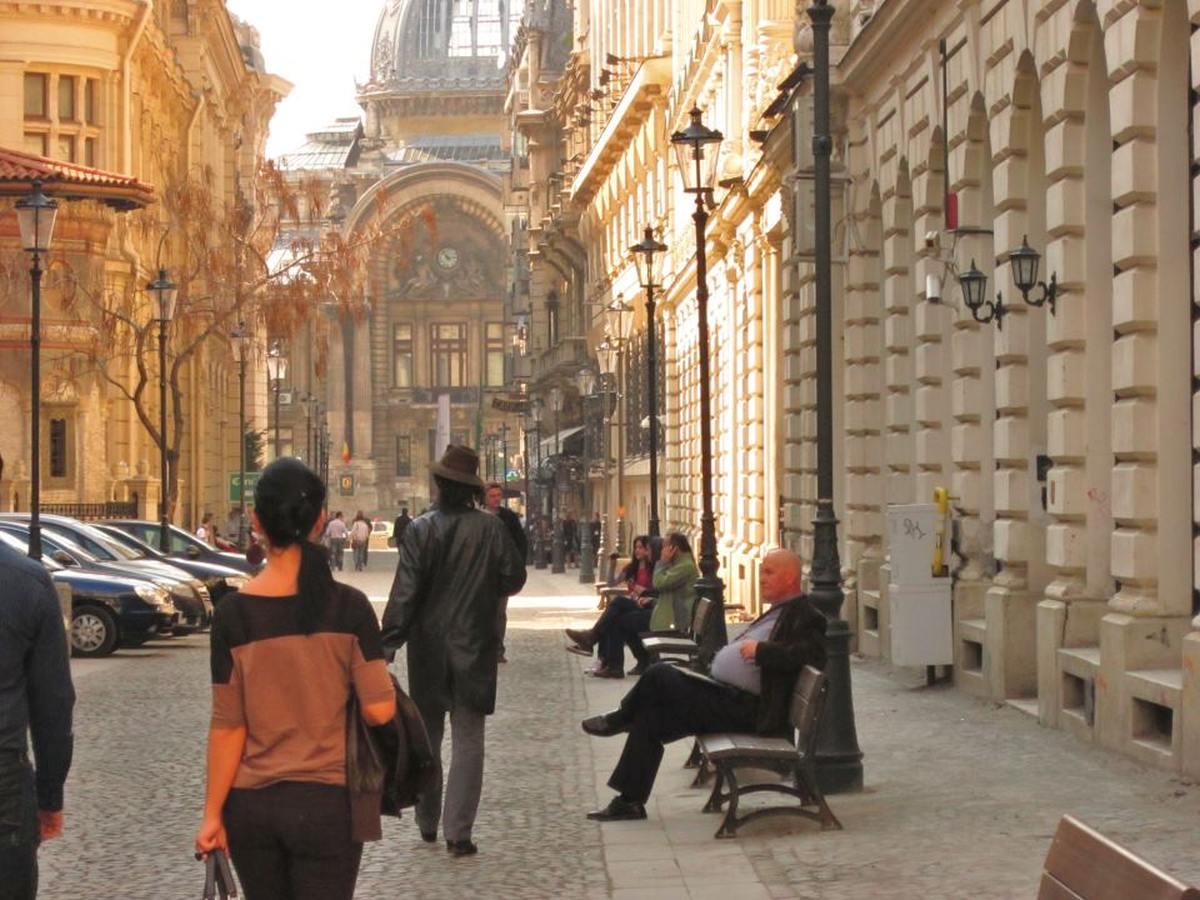 Centrul Vechi al Capitalei se va extinde cu 50 de străzi. Anunțul făcut de Gabriela Firea