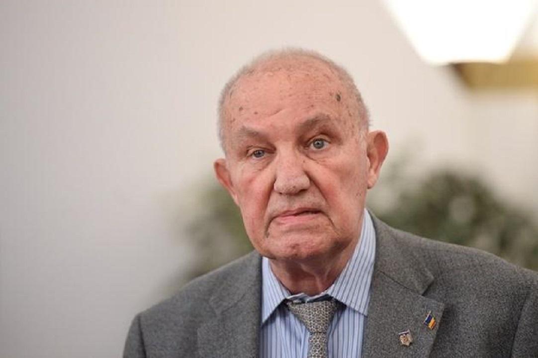 A murit. Cine a fost Dinu C. Giurescu. Controversele din trecutul academicianului