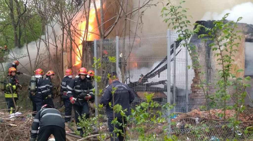 Incendiu pe strada Magatie Alexandru, în zona Piața Muncii