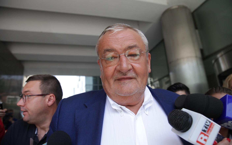 Klaus Iohannis a dat undă verde pentru urmărirea penală a lui Sebastian Vlădescu